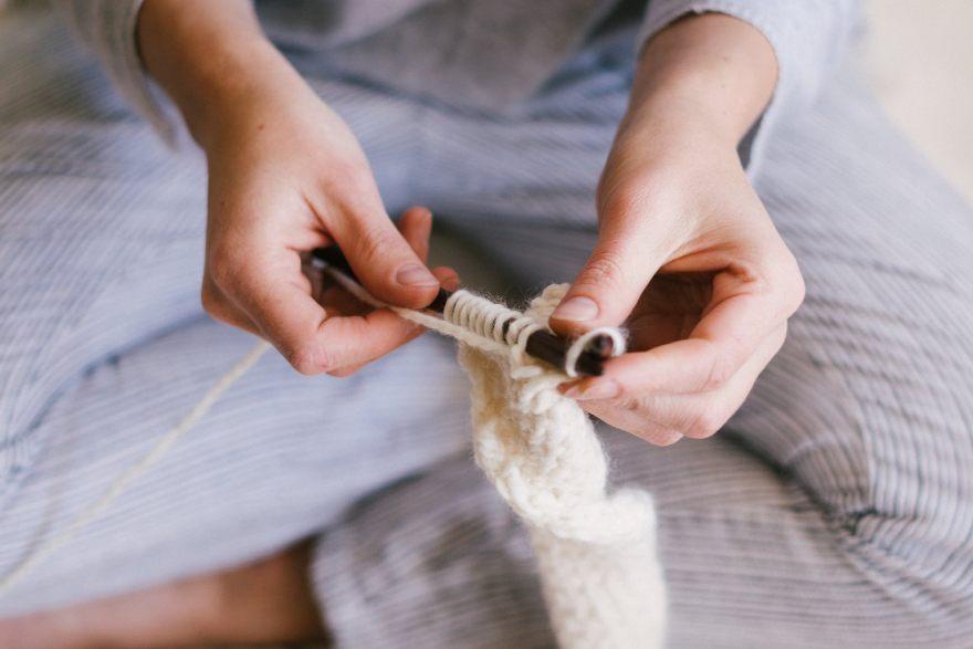С две игли и хубава прежда: Арт терапия, която е по-ефективна от СПА